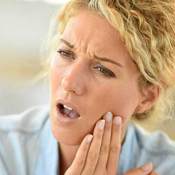 Tooth Extraction | Montgomery Dental Centre | NW Calgary | Family and General Dentist